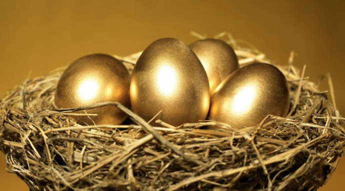 Golden nest, eggs.